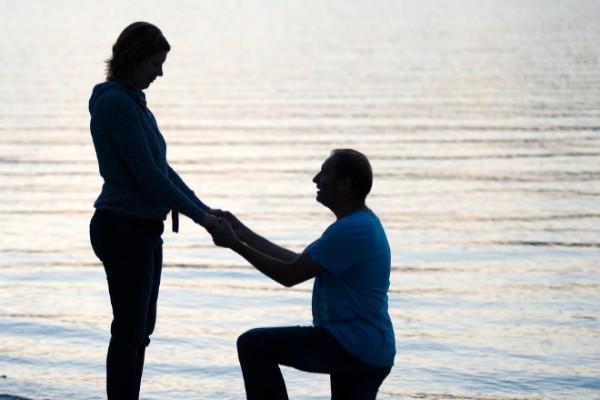 水边温暖求婚