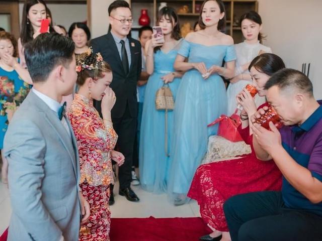 新人结婚敬茶
