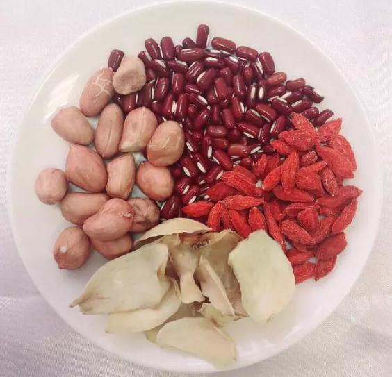 花生、红豆、枸杞、百合